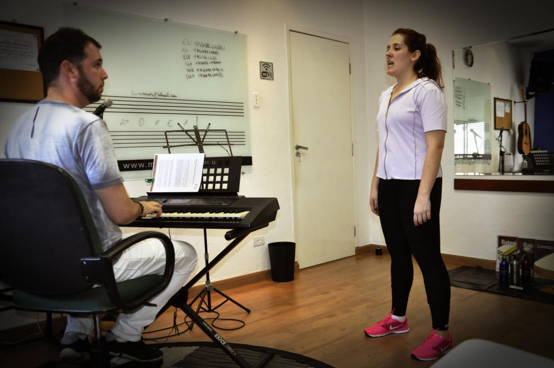 aula de canto e estrutura